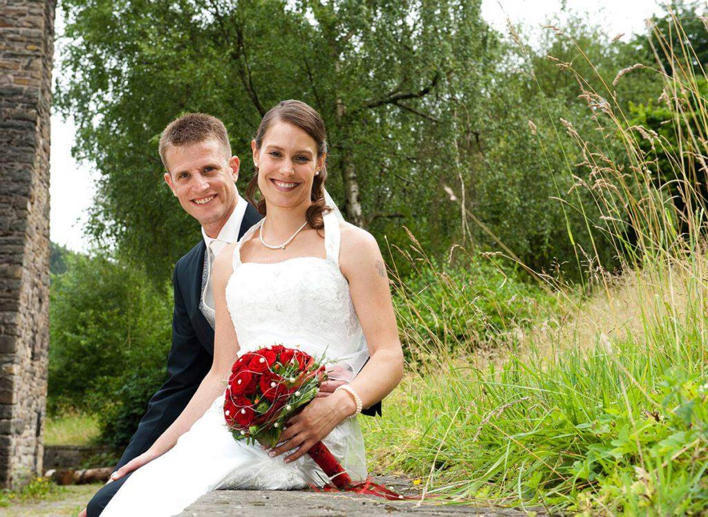 Hochzeitsfotograf Hagen: Portrait Junges Brautpaar im Hagener Freilichtmuseum