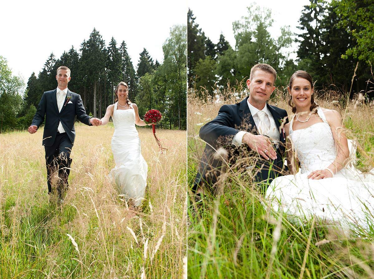 Hochzeitsfotograf Hagen: Brautpaar im Feld