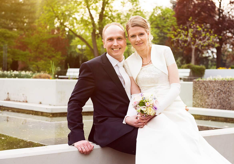 Honeylight Hochzeitsfotografie: Brautpaar im Dortmunder Westfalenpark Hochzeitslocation