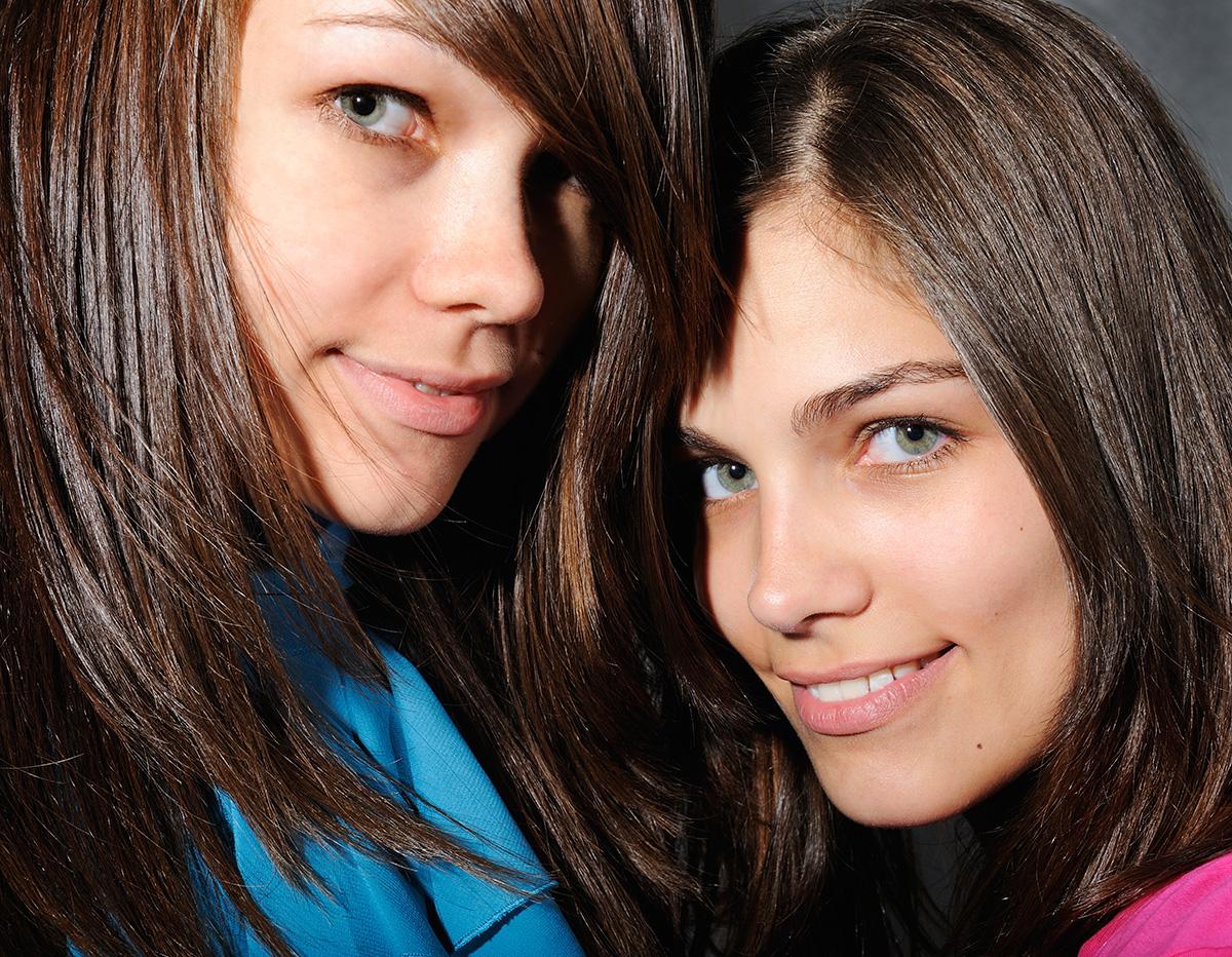 Lifestyle Fotografie Honeylight : Foto von Schwestern, Geschwister
