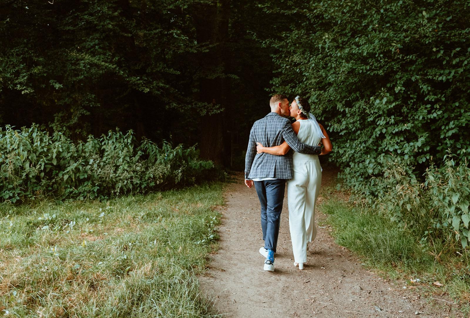 Hochzeitsfotos vom Brautpaar im Dortmunder Rombergpark