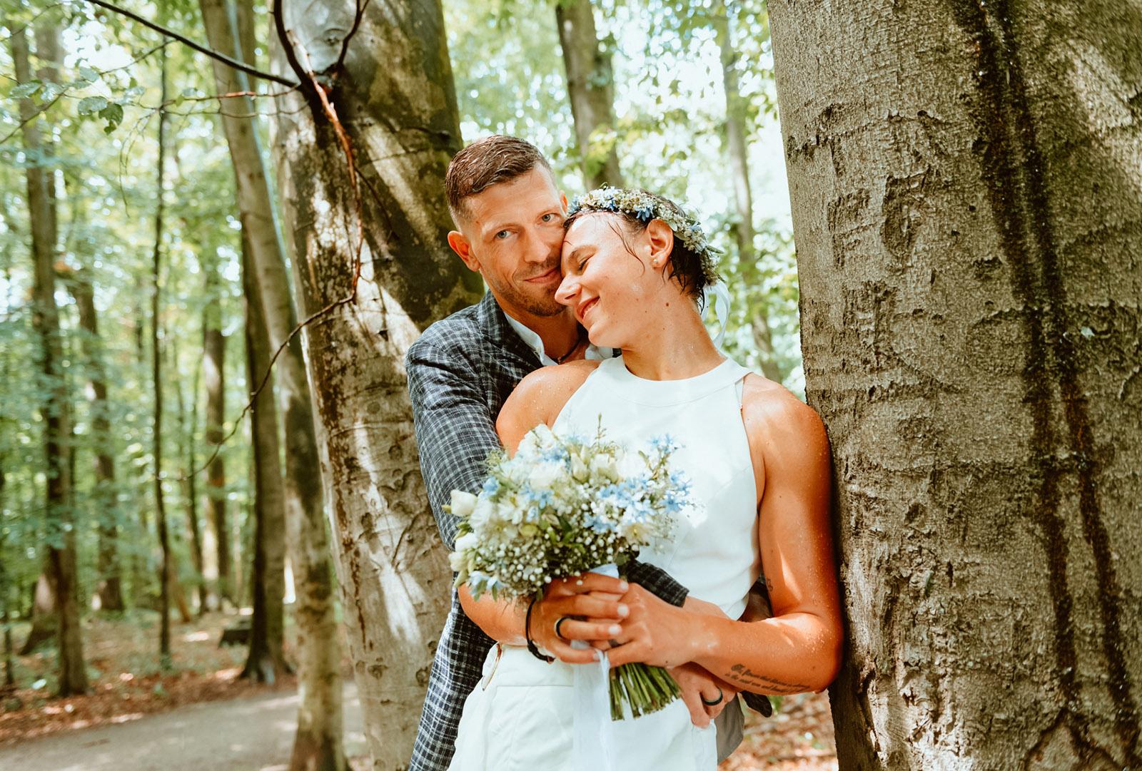 Hochzeitsbild, verträumt im Rombergpark