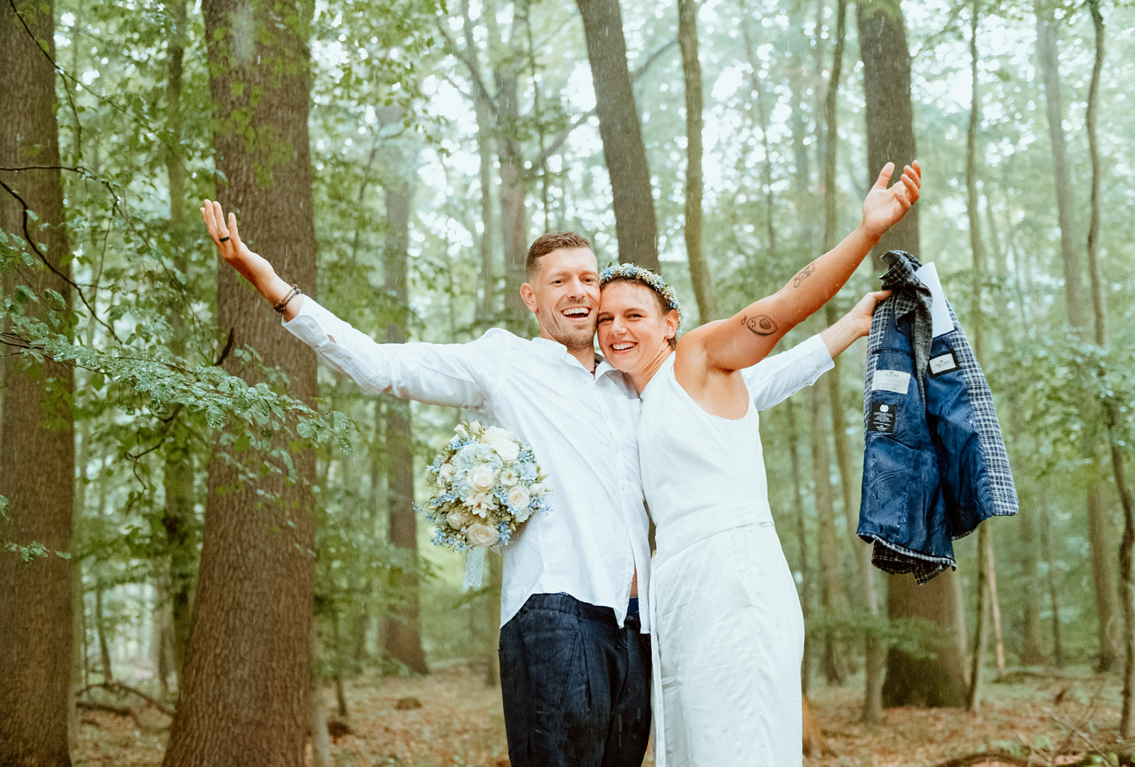 Hochzeitsshooting bei Regen im Dortmunder Rombergpark