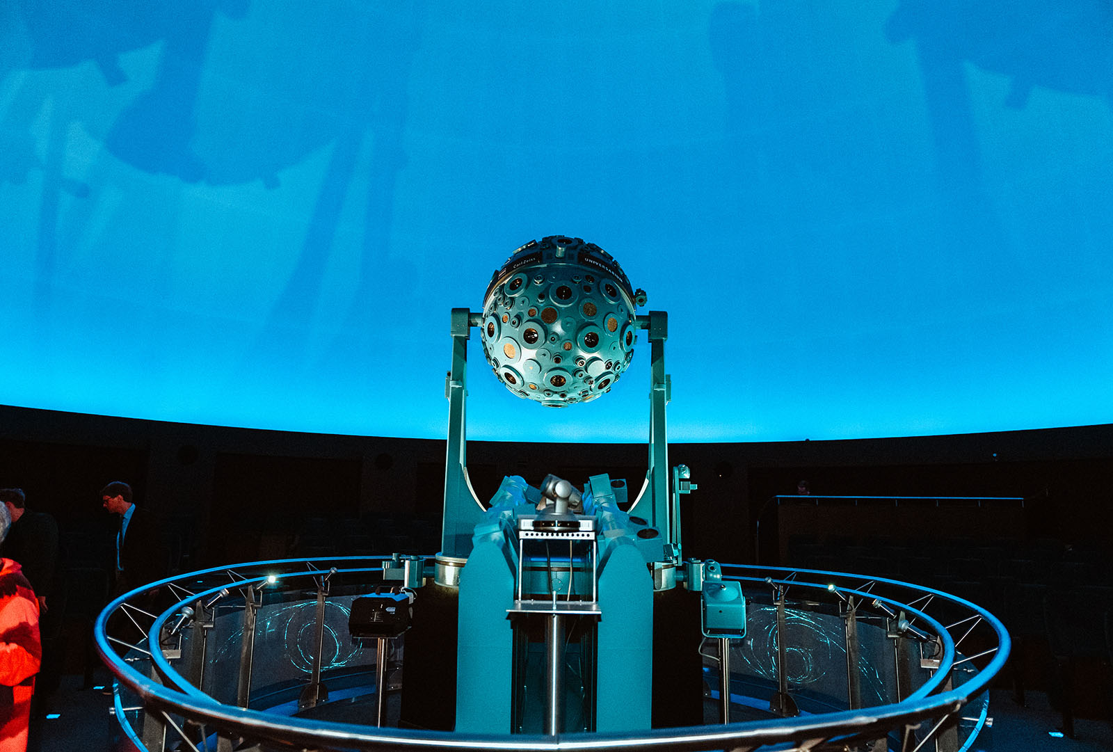 Hochzeitsfotograf im Planetarium Bochum